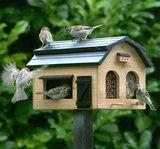 Wildlife Garden Foderlada Rustik voederhuisje